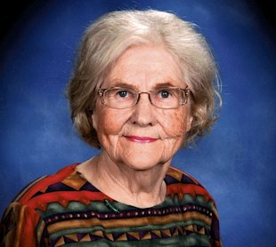 Marilyn Hagerty, food critic turned phenomenon. (Grand Forks Herald/AP)