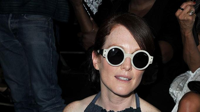 Julianne Moore Paris Fsh Wk