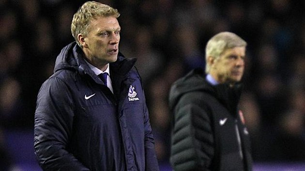 Everton's manager David Moyes (left) and Arsenal manager Arsene Wenger
