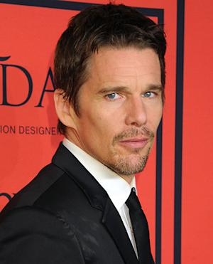 "Ethan Hawke on Marrying Uma Thurman at a Young Age: ""I Had No Business Taking Vows"""