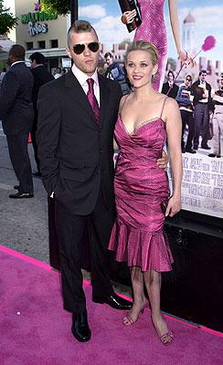 Ryan Phillippe and Reese Witherspoon at the Westwood premiere of MGM's Legally Blonde