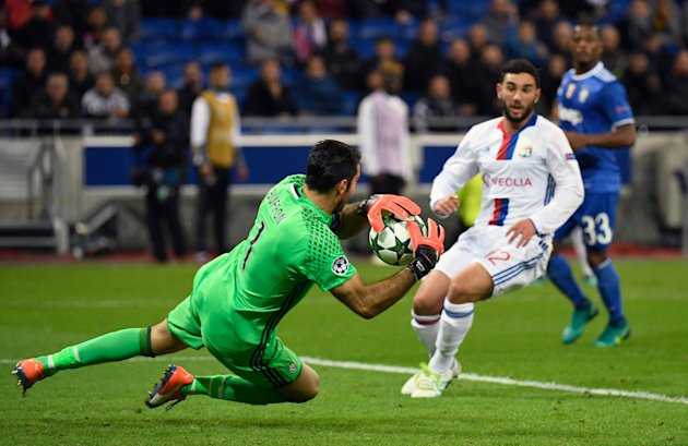 Must-see sports moments of the week: Gianluigi Buffon still makes sick saves