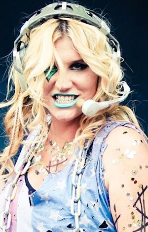 Ke$ha Talks Ghost Sex: Other Stars' Extremely Close Encounters with Spirits