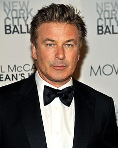 Alec Baldwin Kicked Off American Airlines Flight