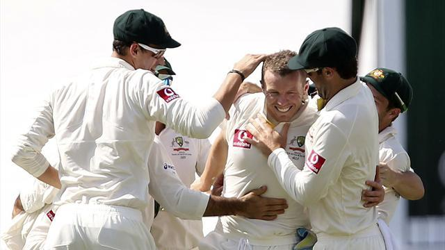 Cricket - Australia on brink of beating South Africa