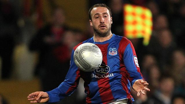 Championship - Murray pens new contract to stay with Palace