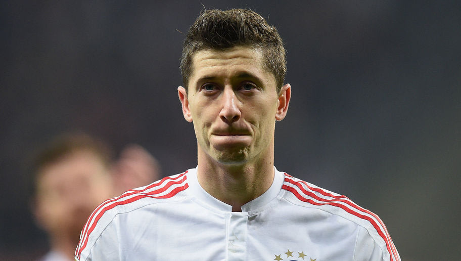 bayern munich 39 s lewandowski had the perfect response to. Black Bedroom Furniture Sets. Home Design Ideas