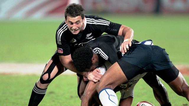 Rugby - NZ qualify, England out at South Africa Sevens