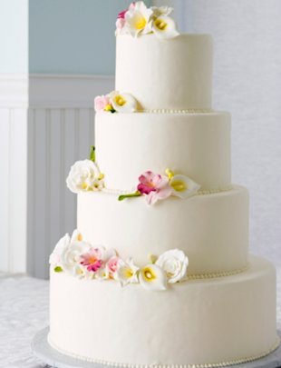 Simple, tropical wedding cake for beach wedding