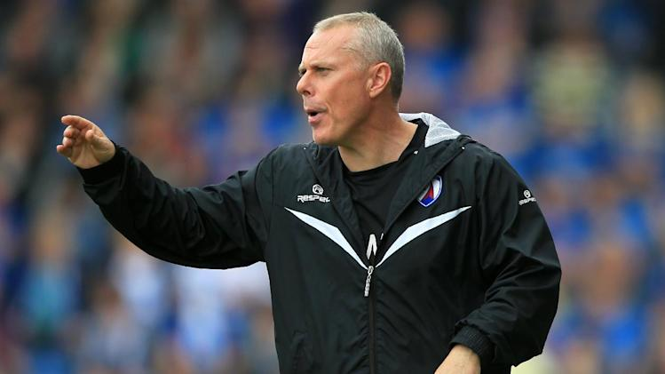Tommy Wright is keen to take the Chesterfield job on full-time