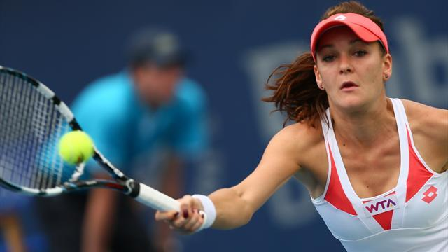 Tennis - Radwanska upset by qualifier Halep in Rome