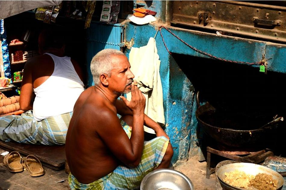 Street-side vendors in Kolkata.