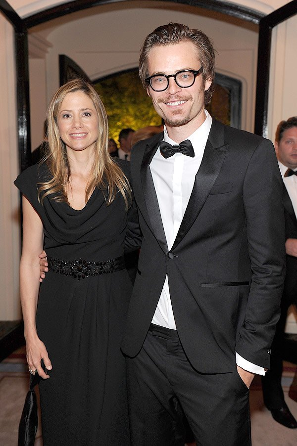 Mira Sorvino & Her Husband Welcome Baby No. 4