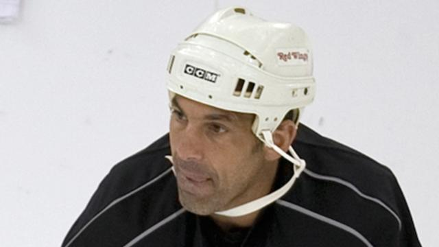 Ice Hockey - Chelios, Niedermayer and Shanahan get call to Hall