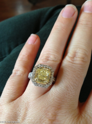 Kelly Clarkson's engagement ring.