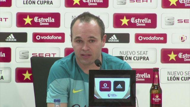 Iniesta 'not worried' about Messi's form