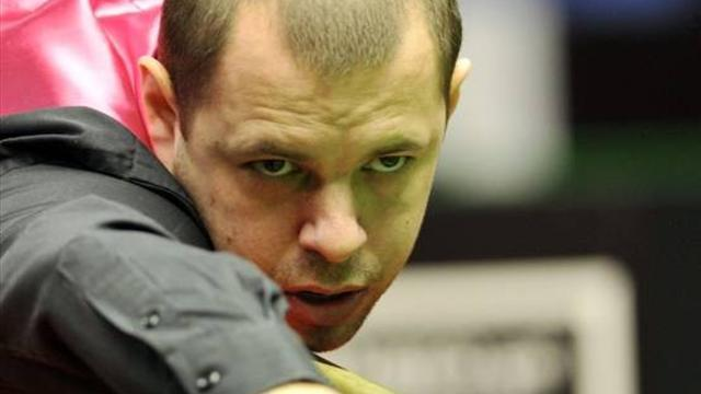 Snooker - Hawkins, Ding beaten at Wuxi Classic