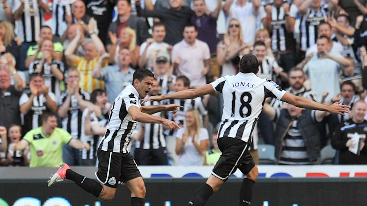 Hatem Ben Arfa, left, scored Newcastle's equaliser