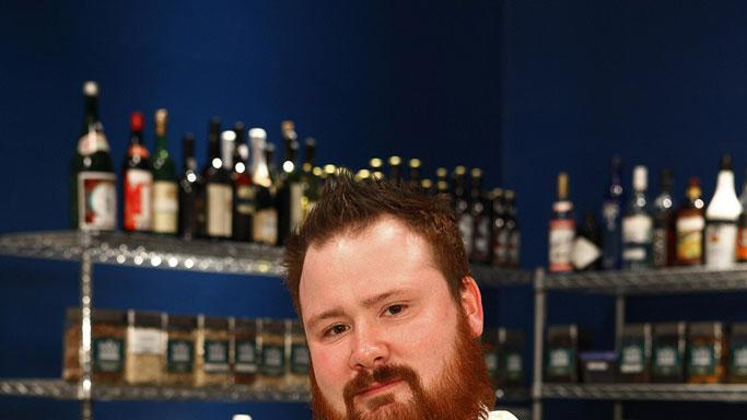 Kevin competes in the sixth season of Top Chef.