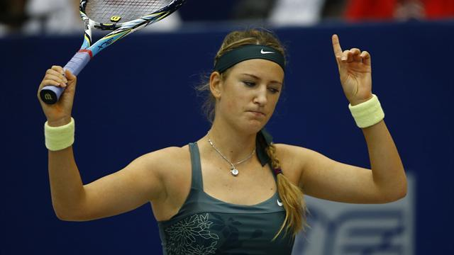Dominant Azarenka to face Goerges in Linz final