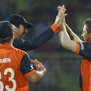 Netherlands cruise to easy win over UAE