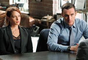 Amanda Righetti, Owain Yeoman | Photo Credits: Sonja Flemming/CBS