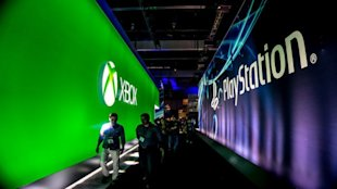 A Tale Of Two Tech Giants: Why You Can't Always Trust The Buzz Alone image 2354995 xboxoneps4.jpg 600x337