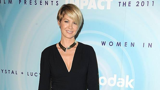 Jenna Elfman Crystal Lucy Awards