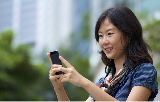 Being too engrossed when using your smartphone can cause unawareness of bad posture or doing repeated actions for long durations. (Thinkstock photo)
