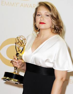 "Merritt Wever Explains Her Hilarious ""Gotta Go"" Emmys 2013 Speech Backstage"