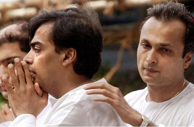 INDIA-RELIANCE-MUKESH-ANIL-COMFORT