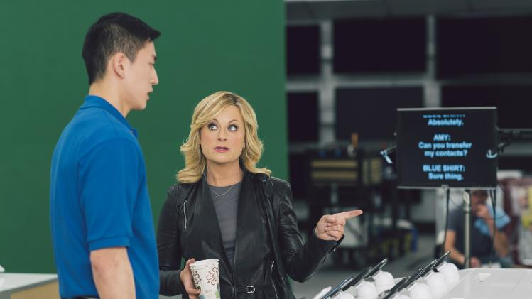 Best Buy enlists Amy Poehler for Super Bowl spot