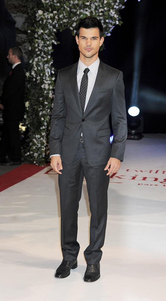 The Twilight Saga Breaking Dawn Part 1 2011 UK Premiere Taylor Lautner