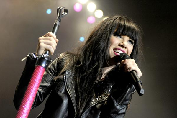 Carly Rae Jepsen Planning 'Mass Collaboration' With Fans for 'American Idol' Finale