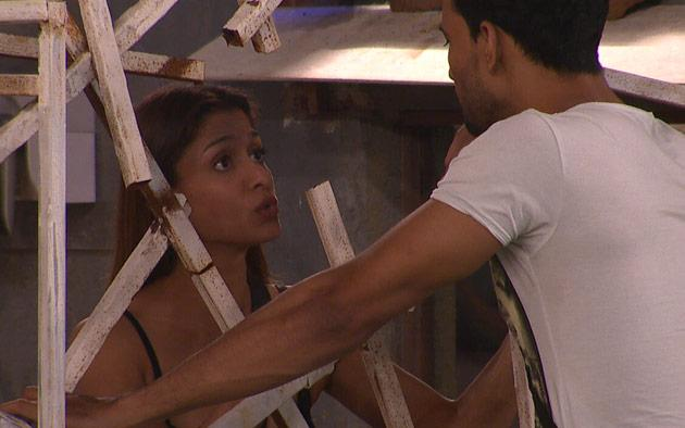 Bigg Boss 7: Shilpa is Asif's New Agony Aunt