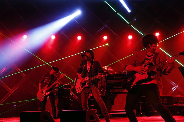 flumpool is pictured here performing live in Tokyo. The band will be in Singapore for a small showcase this month. (Photo courtesy of Amuse Inc.)