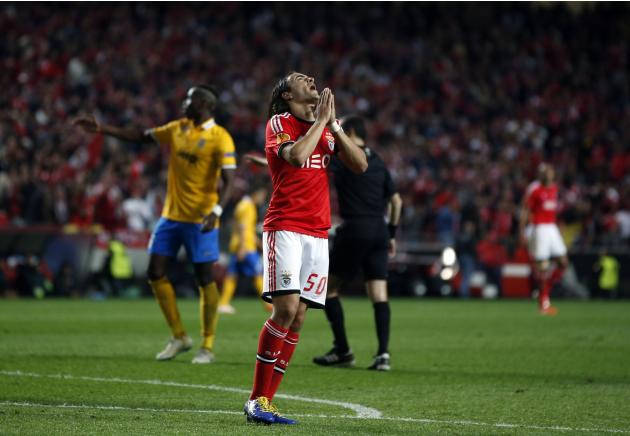 Benfica's Lazar Markovic reacts after a missed scoring opportunity against Juventus during their Europa League semi-final first leg soccer match in Lisbon
