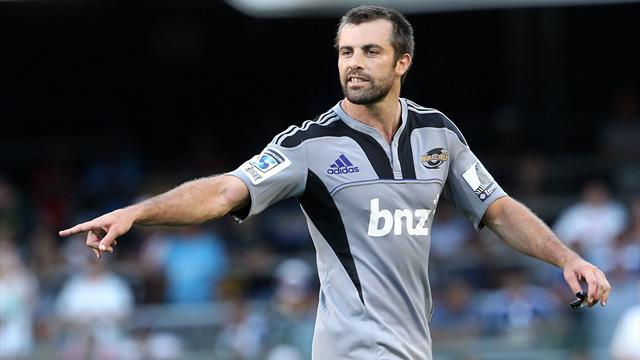 Super Rugby - Ton up for Hurricanes captain Smith
