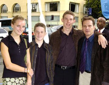 Premiere: Peter Scolari and family at the Hollywood premiere of Warner Bros. The Polar Express - 11/7/2004
