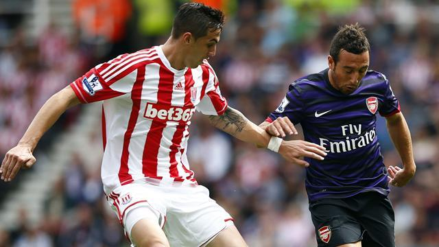 Premier League - Stoke hold Arsenal in bore draw