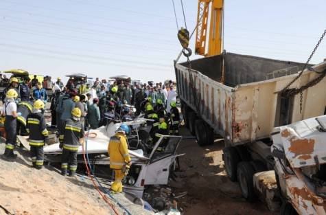 At least 21 people died and 25 others were injured on Monday when the bus they were travelling in was involved in a road smash with a lorry in the UAE city of Al Ain.Photo: Abu Dhabi Police website.