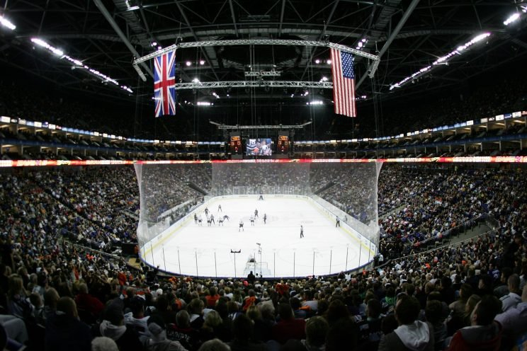 LONDON - SEPTEMBER 30: A general view of the arena during the NHL game between Los Angeles Kings and Anaheim Ducks at O2 Arena on September 30, 2007 in London, England. (Photo by Mike Hewitt/Getty Images)