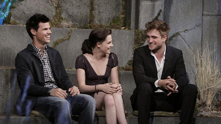 """The Twilight Saga"" stars Robert Pattinson, Kristen Stewart, and Taylor Lautner on ""Jimmy Kimmel Live's Twilight Saga: Total Eclipse of the Heart."""