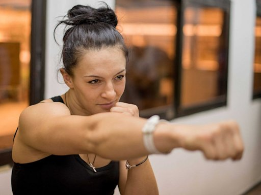 UFC workout boxing gym exercise pumped