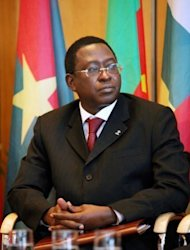 Armed men rounded up top Malian officials including Soumaila Cisse, pictured here in 2009, in a show of force by a junta that seized power last month, as the interim leader named a Microsoft executive as prime minister