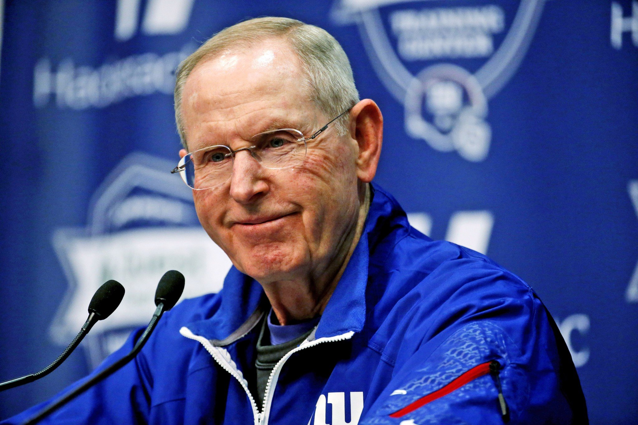 Tom Coughlin and the Jacksonville Jaguars reportedly are interested in a reunion. (AP)