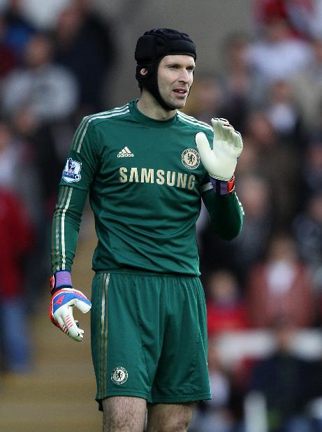 Petr Cech, pictured, insists Chelsea boss Rafael Benitez 'deserves' the chance to prove himself