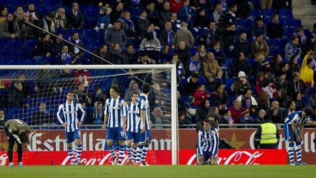Football - Espanyol draw at  home to 10-man Sevilla