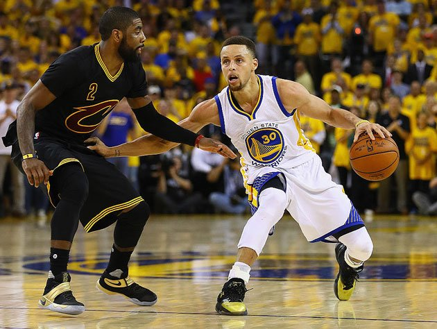 Stephen Curry clears some space between him and his contemporaries (Getty Images)