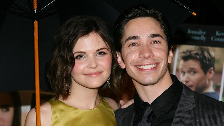Ginnifer Goodwin and Justin Long arrive for the premiere of `He's Just Not That Into You' at the St George OpenAir cinema on February 9, 2009 in Sydney, Australia.